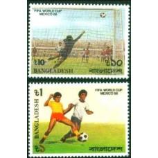 1986 Bangladesh Mi.247-248 1986 World championship on football of Mexico 3.40 ?