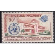 1964 Malagasy Mi.519 Satellite 1,70 €