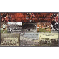 2005 Palau Mi.2497-2499KL Football 6,50 €