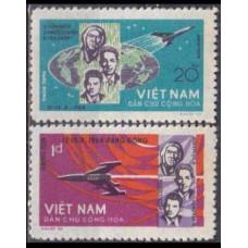 1965 Vietnam Mi.359-360 Voskhod 1 9,00 €